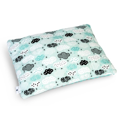 Pastelowa Duża poduszka dziecięca Chmurki na mięcie 40x60 Minky do łóżeczka