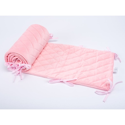Ochraniacz do łóżeczka Velvet pikowany różowy 30x180 dla dziewczynki