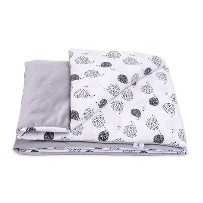 Bawełniany Kocyk Velvet dla niemowlaka - Jeżyki 75x100 do wózka, fotelika i łóżeczka.