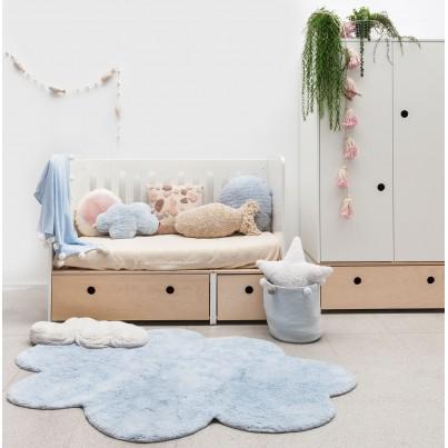 Ozdobna Poduszka dziecięca chmurka - Nube Azul Lorena Canals do pokoju dziecka