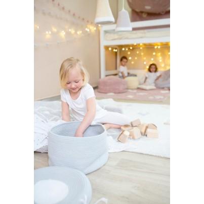 Dziecięcy Pleciony kosz na zabawki zamykany - Basket Candy Box Light Blue Błękitny Lorena Canals dla chłopca