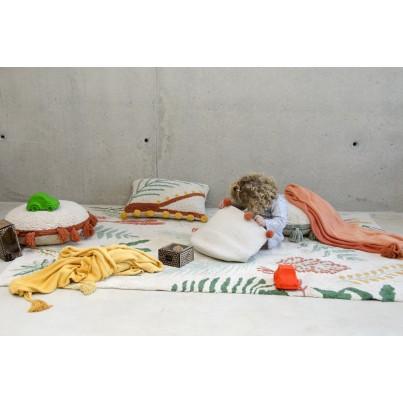 Kosz na zabawki pleciony z pomponami - Natural Terracota Beżowy Lorena Canals dla dzieci