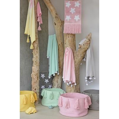Kosz na zabawki pleciony z frędzlami - Tassels Soft Mint Miętowy Lorena Canals dla dzieci