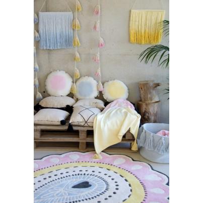 Girlanda dla dzieci - Pom Pom Tie-Dye Beżowo-Różowa Lorena Canals do pokoju dziecka