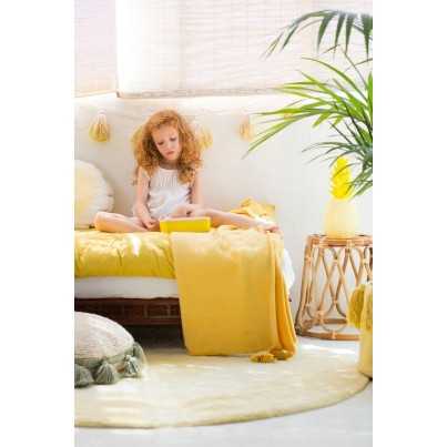 Girlanda dla dzieci - Pom Pom Tie-Dye Beżowo-Żółta Lorena Canals do pokoju dziecka